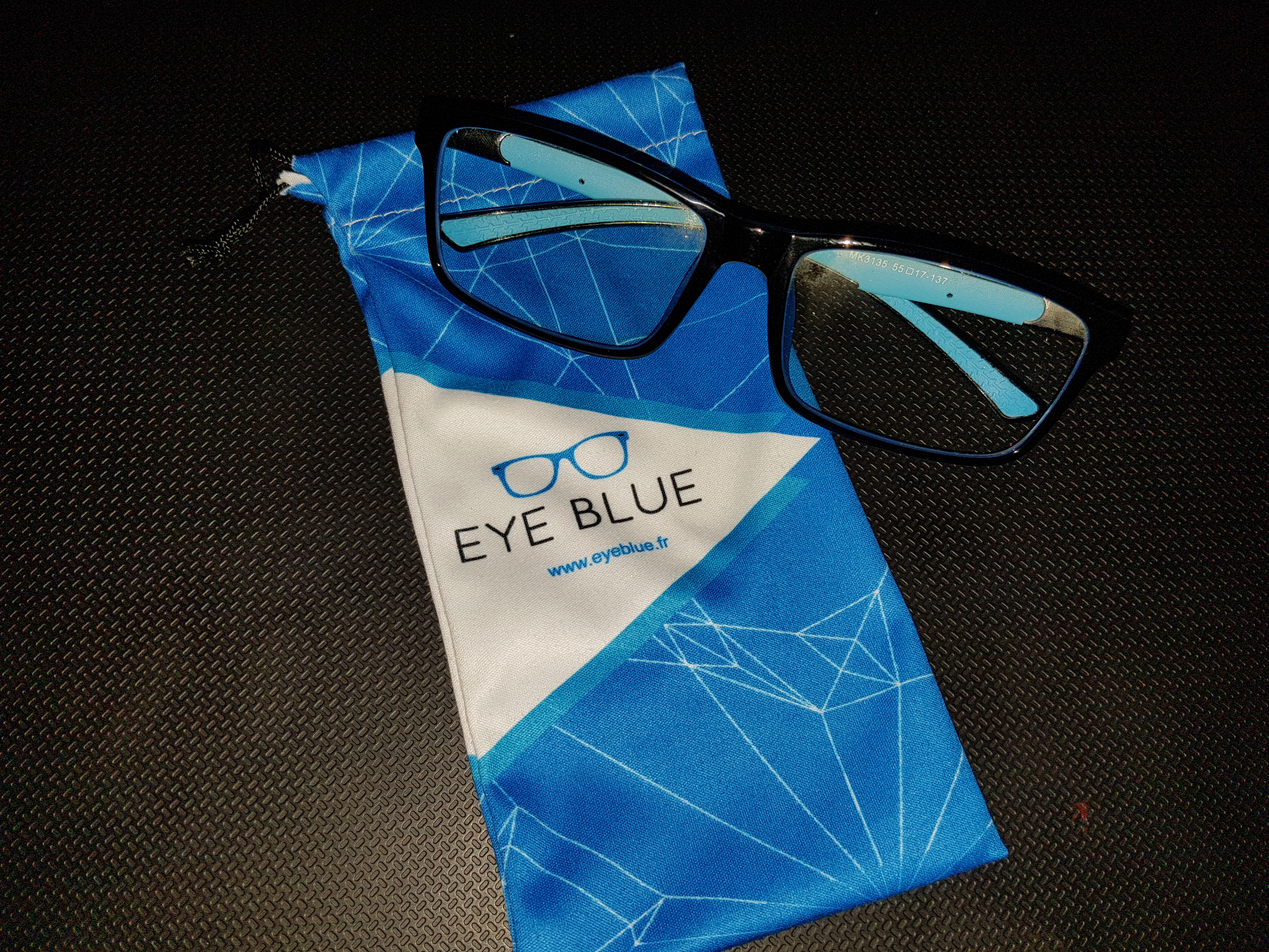 PGW2016  EYE BLUE   Les lunettes Gaming anti lumière bleue 44e27a80d67c