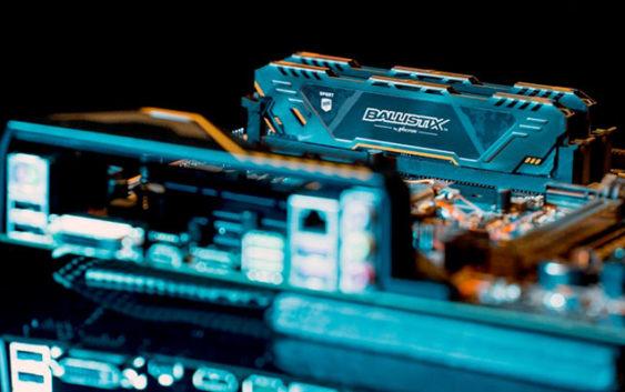 Ballistix élargit sa gamme de mémoire gaming avec de nouveaux modules Sport AT