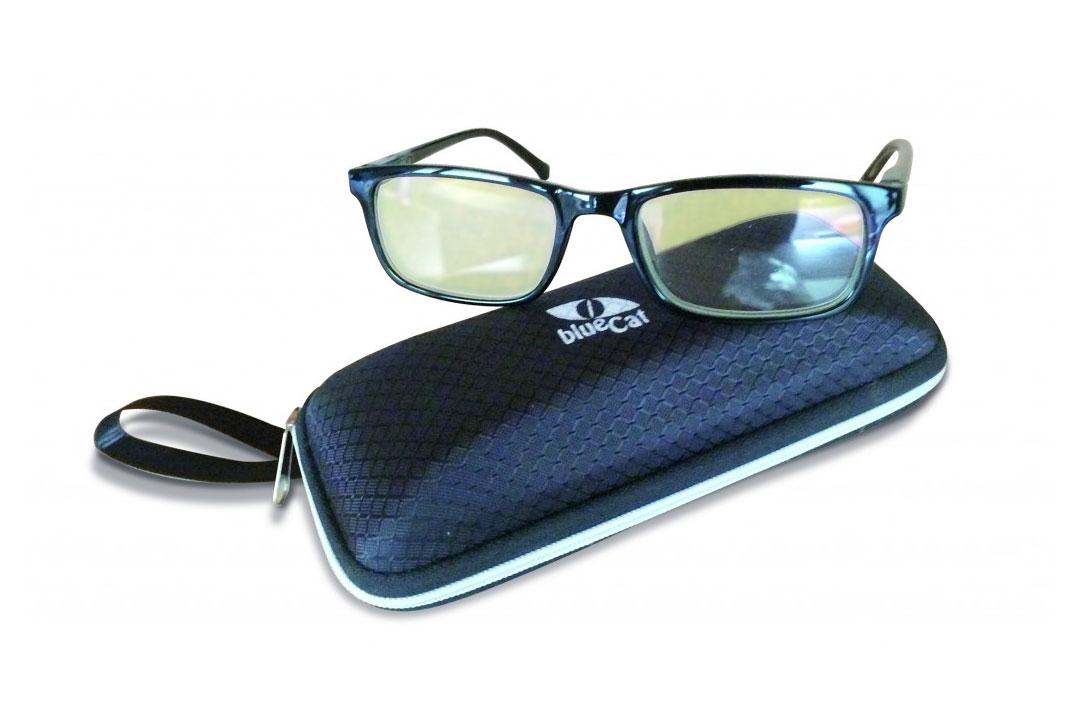 ... lunettes et clips anti lumière bleue. BlueCat Screen d11632f67bab