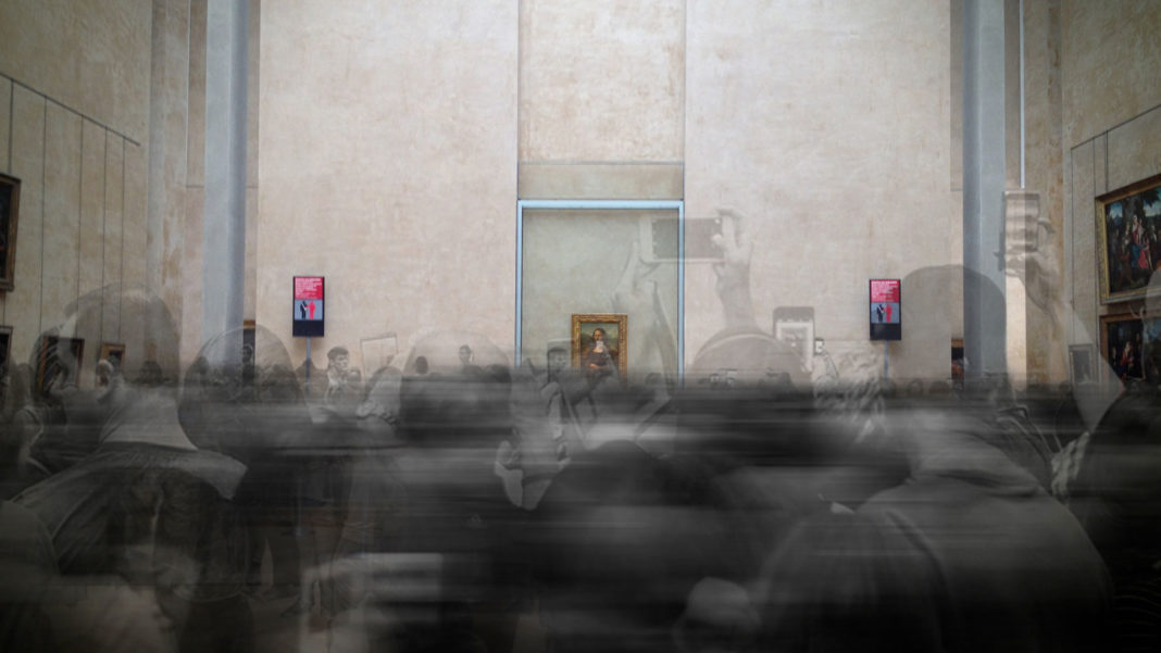 Still-from-Mona-Lisa-Beyond-the-Glass,-Courtesy-Emissive-and-HTC-Vive-Arts-(2)