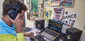 Hercules DJ-learning-kit_lifestyle