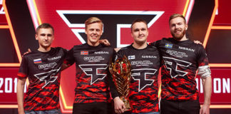 PUBG Europe League_Phase3_Winner_FAZE_Trophy_720px