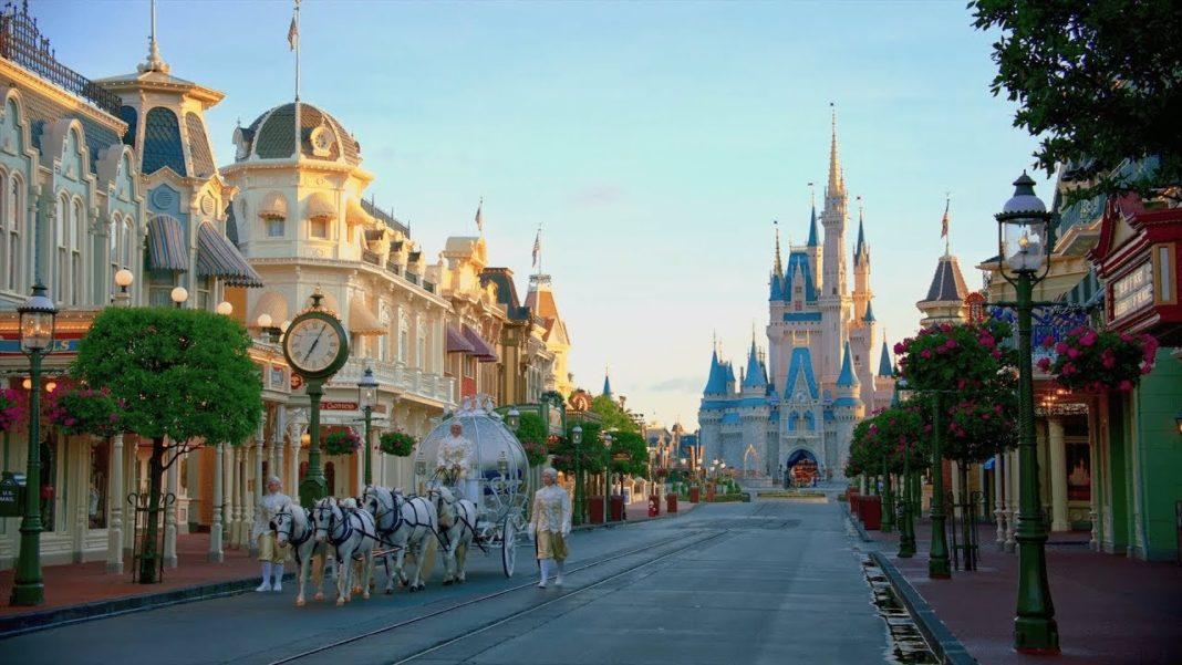 Une Journée à Disney Disney+